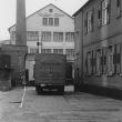 Fabrik, rechts Geburtshaus, 1923